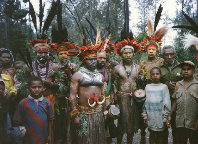 newguinea107.jpg (302330 bytes)