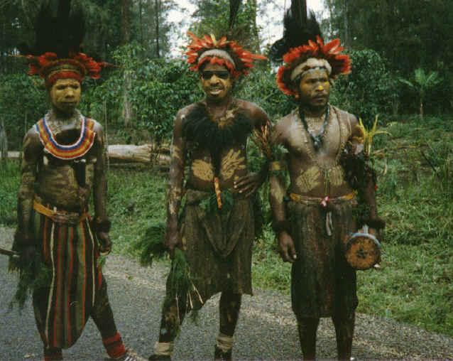 newguinea108.jpg (321696 bytes)