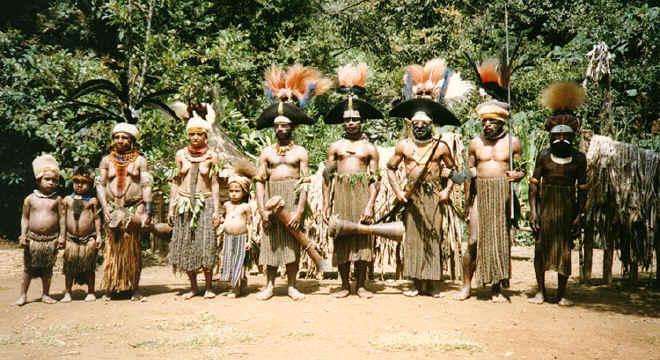 newguinea169.jpg (307675 bytes)