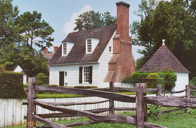 Colonial homes of williamsburg vurginia travel photos for Homes in colonial america