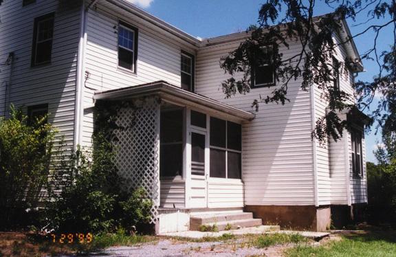 house99.jpg (154325 bytes)