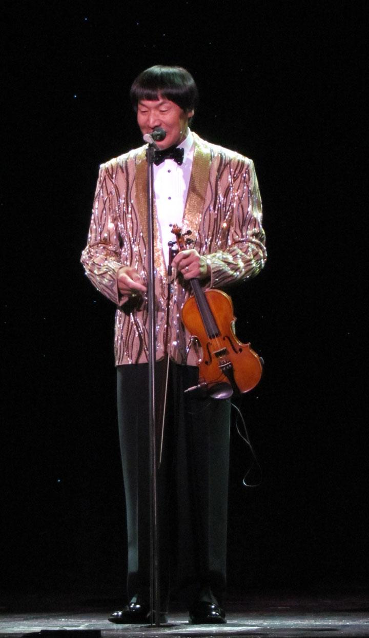 Shoji Tabuchi On Stage In Branson Missouri Travel