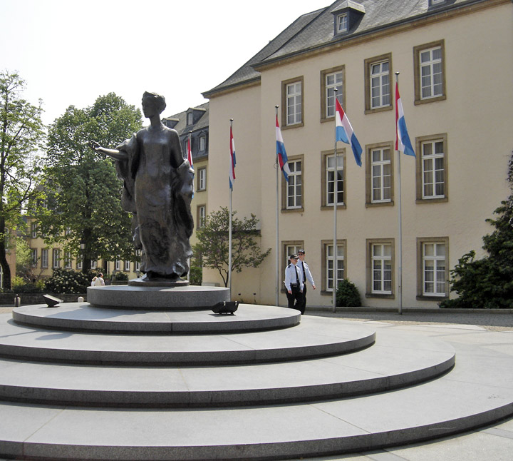 Luxembourg City Tour: Travel Photos By Galen R Frysinger