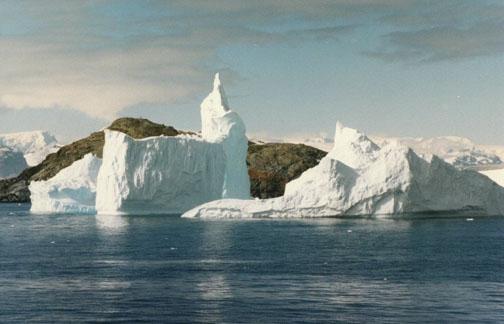antarctica08.jpg (65076 bytes)