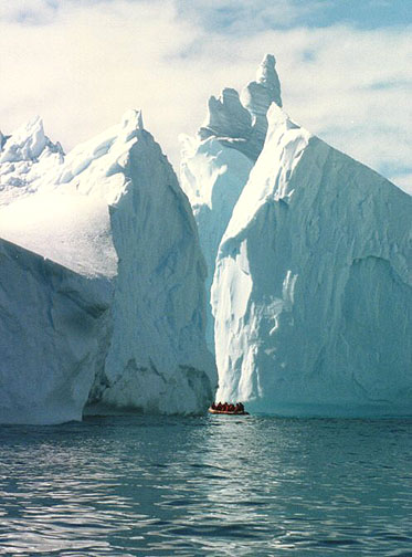 antarctica11.jpg (85293 bytes)