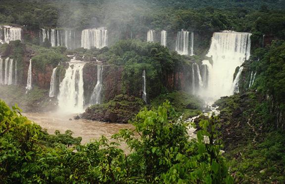 brazil7.jpg (38728 bytes)