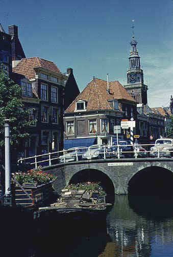 holland7.jpg (71837 bytes)