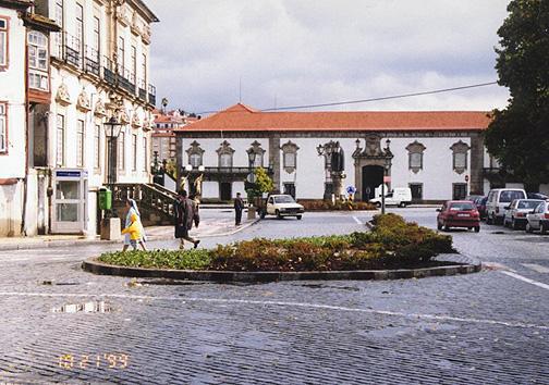 portugal70.jpg (147473 bytes)