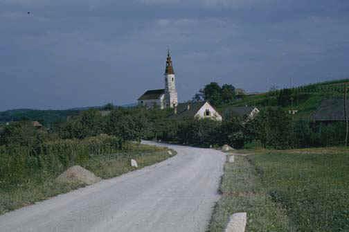 slovenia2.jpg (50871 bytes)