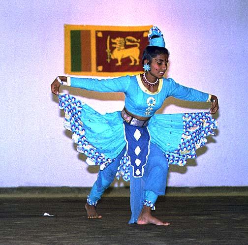 srilanka9b.jpg (104409 bytes)