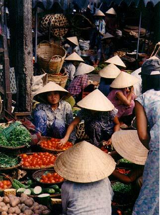vietnam5.jpg (77034 bytes)