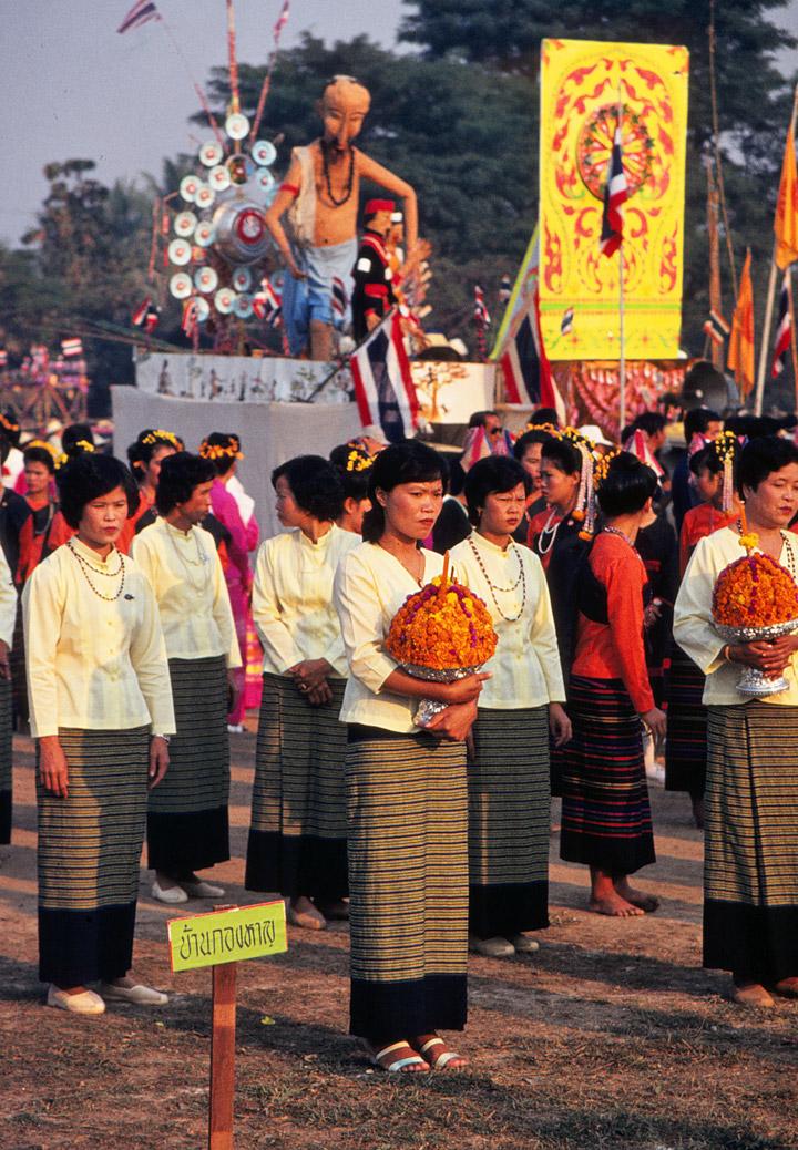 Flower Festival, Chiang Mai, Thailand - Travel Photos by ...
