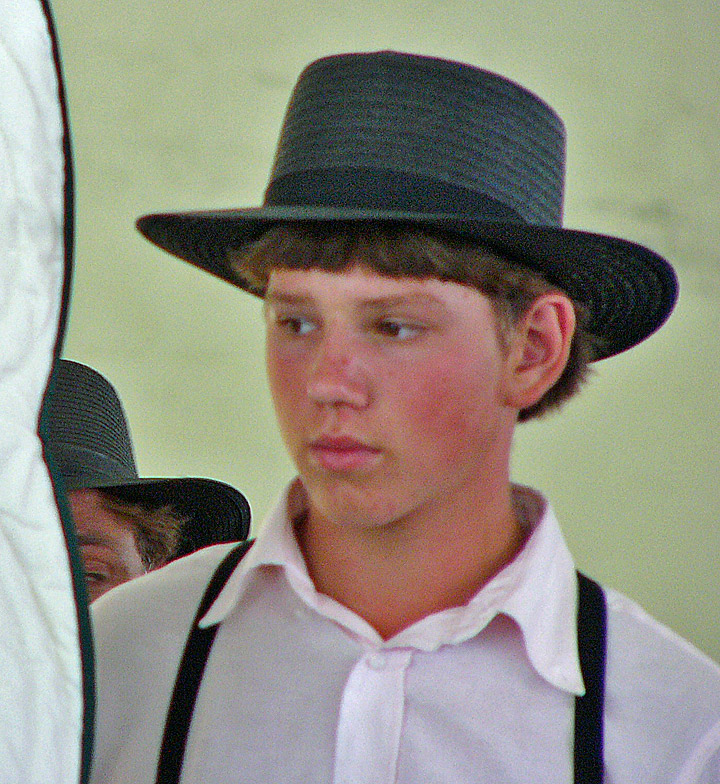How to Distinguish Mennonites from Amish How to Distinguish Mennonites from Amish new images